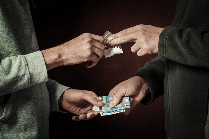 Evacuate Yourself from DRUGS ADDICTION with Adequate Money