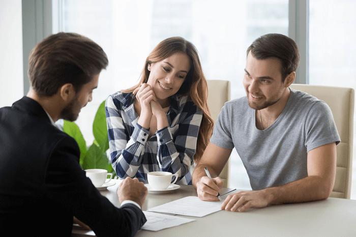 Doorstep Cash Loans for People on Benefits